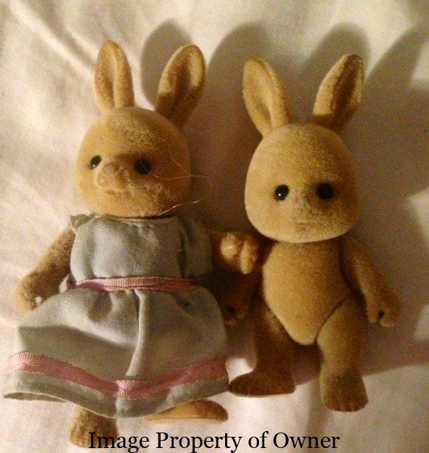 Sylvanian family bunnies yello80s